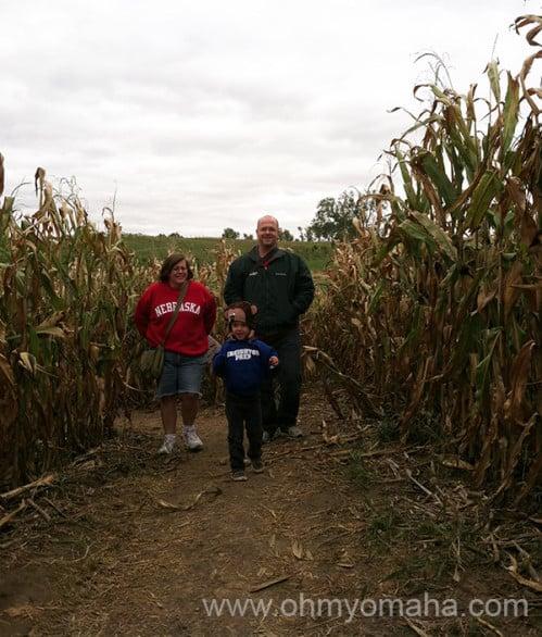 Farley took the lead in the corn maze, mainly because Mooch was batting 0 for 8 on all guesses on the right path to take. Aunt Amy was  a good sport trekking up and down the maze with us.