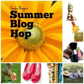 Summer blog hop button 600x600