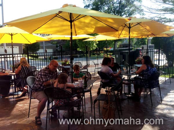 Service on the patio at SIPS North Shore Kitchen & Bar was prompt and comfortable with my squirrely kids.